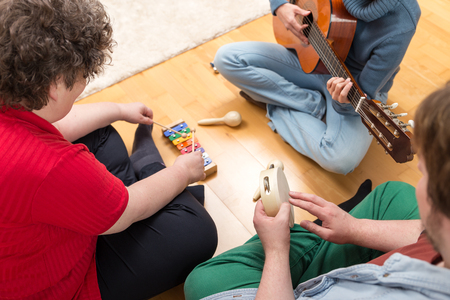 Music therapy has been found to be of little help in alleviating the symptoms of autism. The finding is a blow to those who promote the therapy as a way to help children with autism.